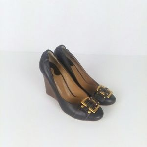 Chloe leather round toe buckle wood wedge heel